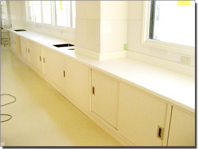 洗面カウンター&オーダー収納棚(天板・人工大理石)