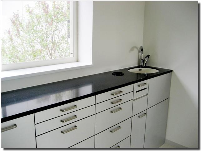 洗面台の天板(人工大理石しあげ)