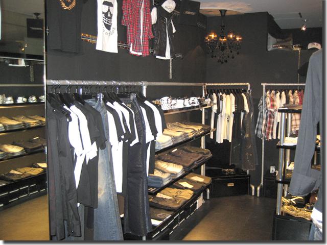 ファッションショップ・オーダー商品陳列棚