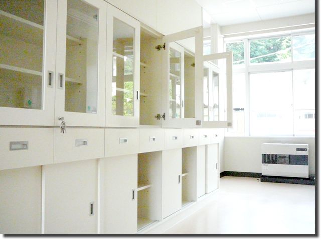 校舎(教室)収納棚